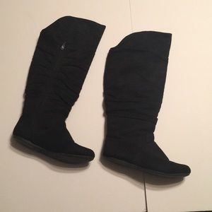 Shoes - Black over-knee boot Size 8